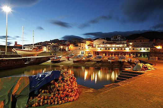 Gaspar Avila - Fishing harbour