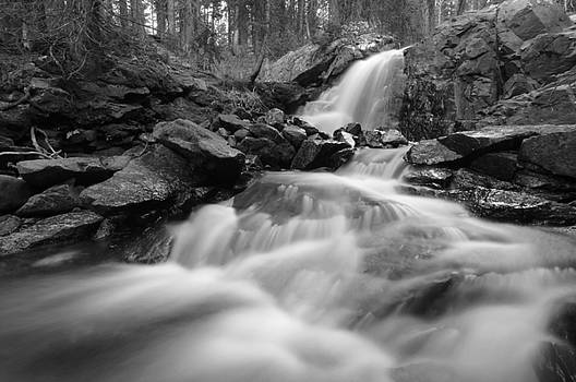 Flowing  by Jerry Mann