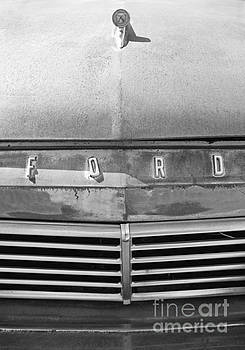 Ford 2 by Glennis Siverson