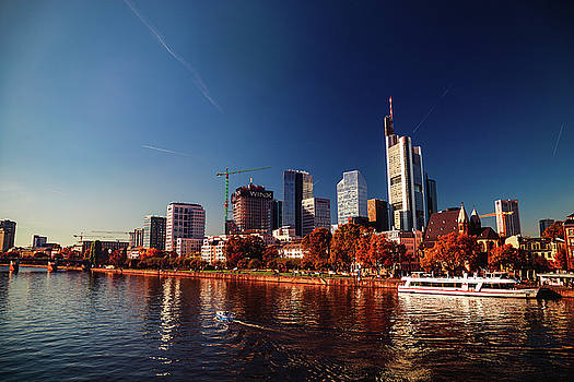 Frankfurt by Chris Thodd