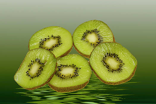 David French - Fresh Kiwi fruits