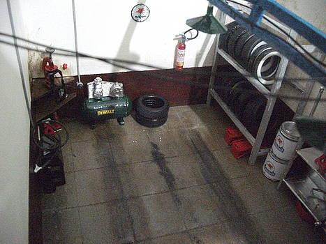 Garage by Artur Prado