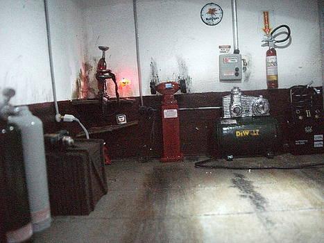 Garage Old Gas Station by Artur Prado