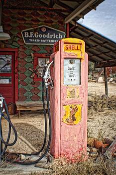 Gas Pump by Dori Basilius