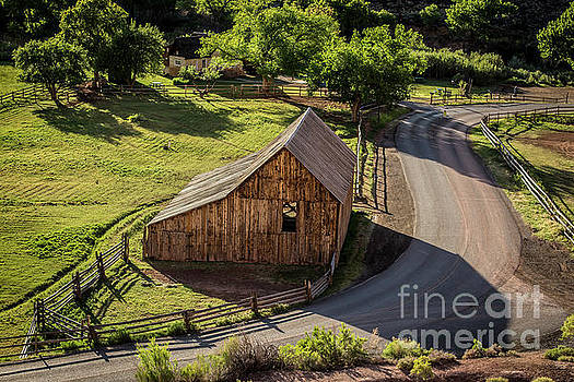 Gifford Homestead Barn - Capitol Reef National Park by Gary Whitton