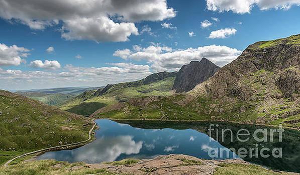 Adrian Evans - Glaslyn Lake