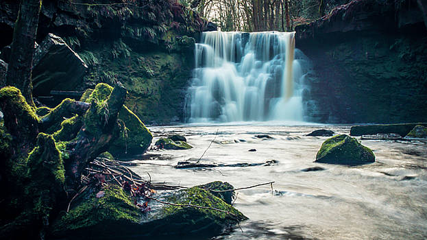 Goit Stock Waterfall by Andy Beattie Photography