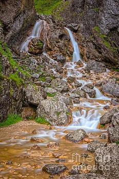 Mariusz Talarek - Gordale Scar waterfall