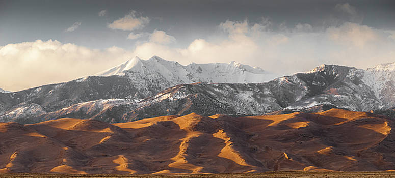 Great Sand Dunes by Gary Lengyel