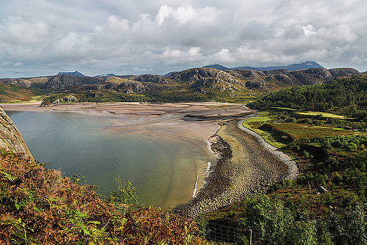 Gruinard Bay by Derek Beattie