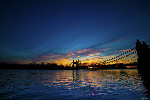 Hammersmith Bridge London  by Mariusz Czajkowski