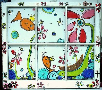 Happy Fish by Lizzie  Johnson