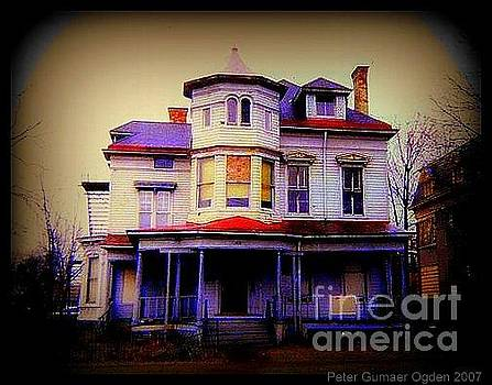 Peter Ogden - Haunted Victorian House