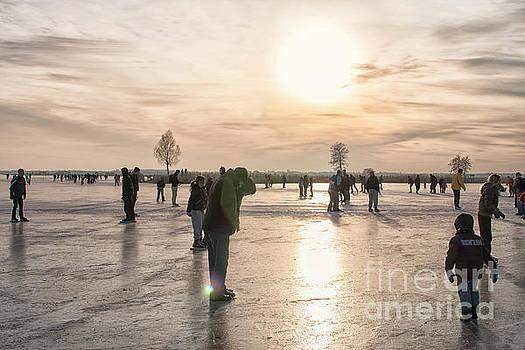 Patricia Hofmeester - Having fun on natural ice