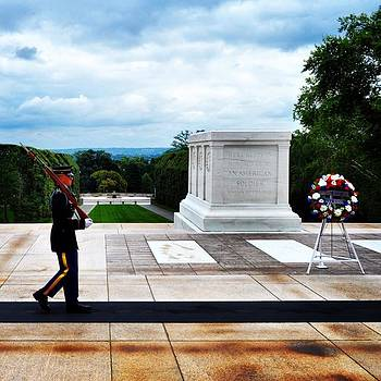 #instaprints #tomboftheunknownsoldier by Jamie Brown