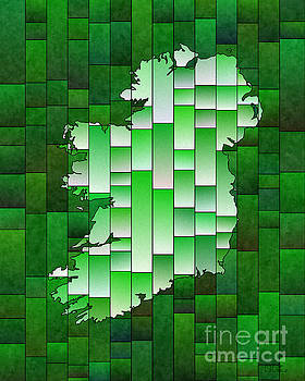 Ireland Map Glasa in Green and White by Eleven Corners