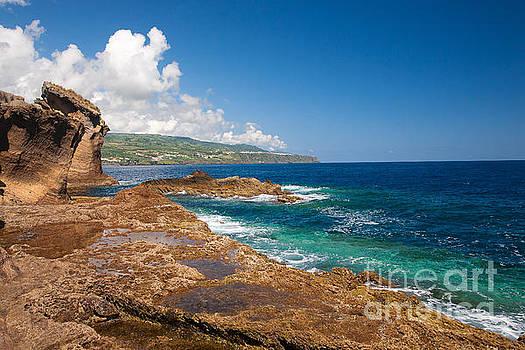 Gaspar Avila - Islands