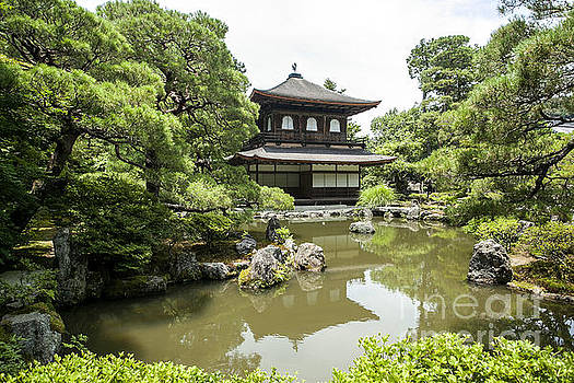 Kyoto Temple by Ben Johnson