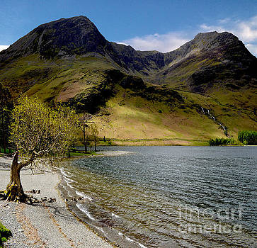 Lake Buttermere by Steven Brennan