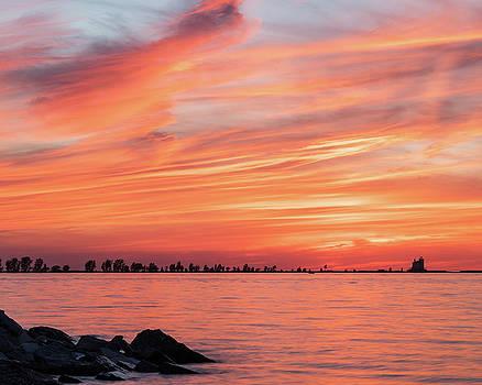 Lake Erie Sunset by Paul Cimino
