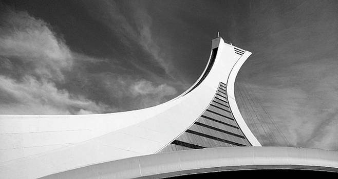 Le Stade Olympique De Montreal by Juergen Weiss