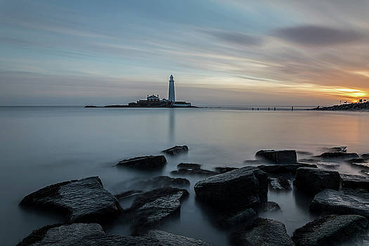 David Pringle - Lighthouse After Sunrise