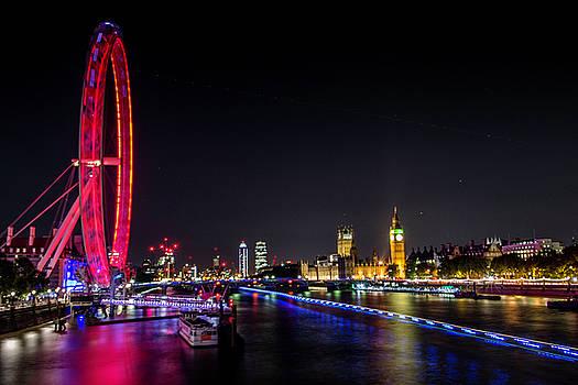 London By Night by Brandilyn Carpenter