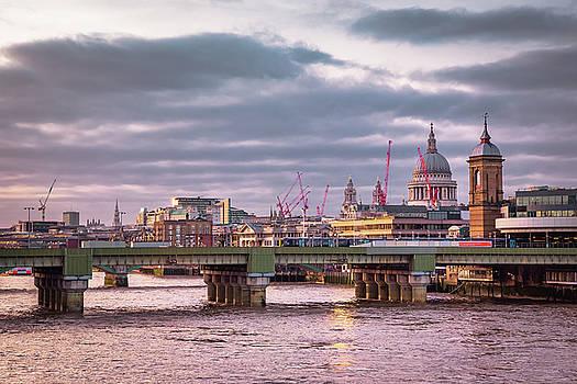 London skyline by Marius Comanescu