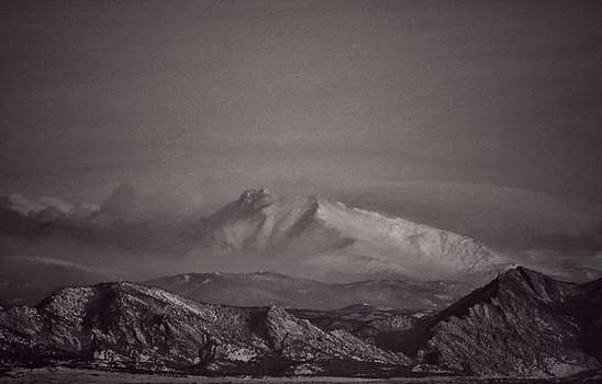 Longs Peak by Richard Keer