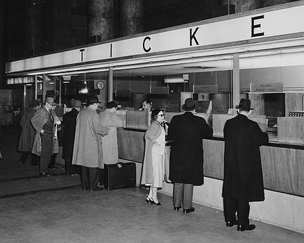 Chicago and North Western Historical Society - Madison Street Station Main Lobby Ticket Office - 1960