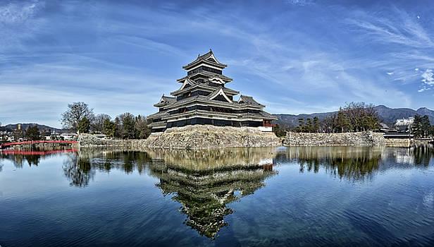 Matsumoto Castle Panorama by Kuni Photography