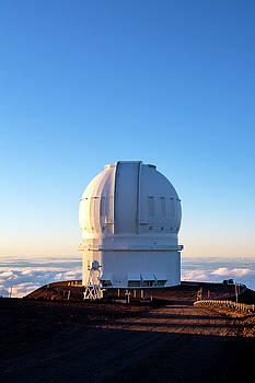 Mauna Kea Observatory by Joe Belanger
