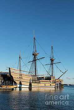 Mayflower II  by John Greim