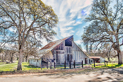 McCourtney Barn by William Havle
