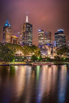 Melbourne Glow by Ray Warren