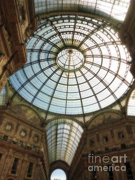 Gregory Dyer - Milan Italy Galleria