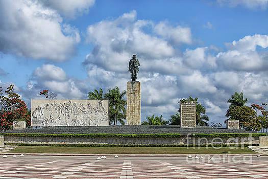 Patricia Hofmeester - Monument and Mausoleum Che Guevara