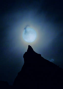 Moon Over Mountain by William Horden
