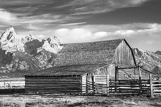 Moulton Homestead - Barn by Colleen Coccia