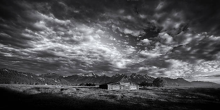 Mountain Drama by Andrew Soundarajan