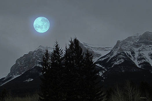 Mountain Moon by Andrea Lawrence