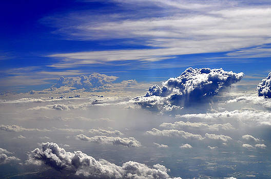 Bliss Of Art - moving clouds
