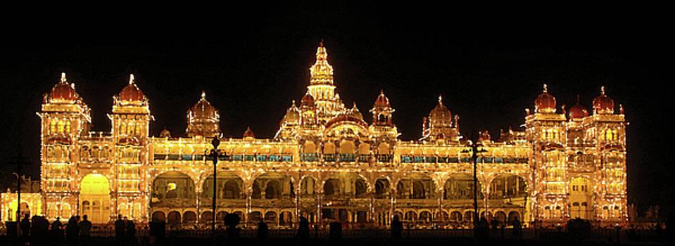 Mysore Palace by Sandeep Gangadharan