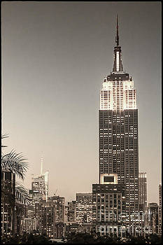 New York Empire State building by Juergen Held