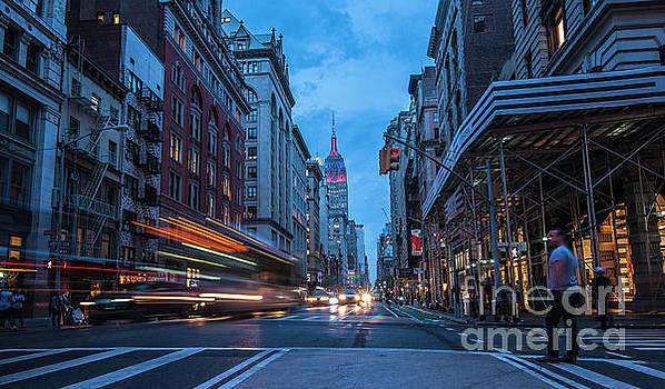 Roman Gomez - New York Street