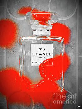 No 5 Red Splash by Daniel Janda