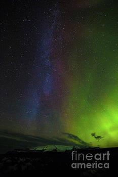 Northern Lights 6 by Mariusz Czajkowski