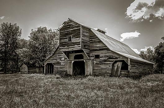 Old Barn by Jeff Burton