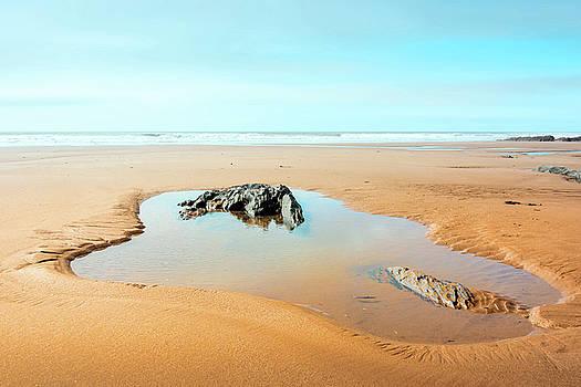 Svetlana Sewell - On the Beach