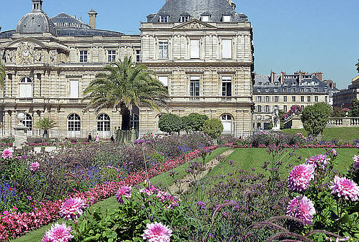 Palais du Luxembourg by Harvey Barrison